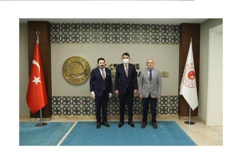 Av. Halil ÖZYOLCU, bakan Murat KURUM ile bir araya geldi